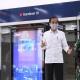 Presiden Joko Widodo meninjau kesiapan penerapan prosedur standar tatanan baru atau new normal di sarana publik dengan mengunjungi Stasiun Moda Raya Terpadu