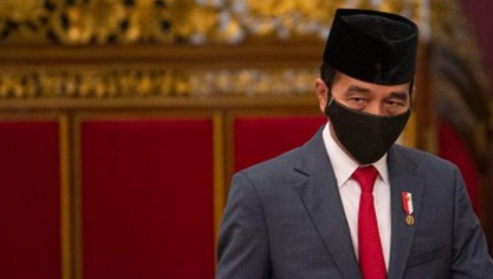 Presiden Jokowi meminta proses perizinan terhadap riset dan inovasi terkait dengan virus corona dipercepat, seiring wabah virus corona yang masih meningkat. (ANTARA FOTO)