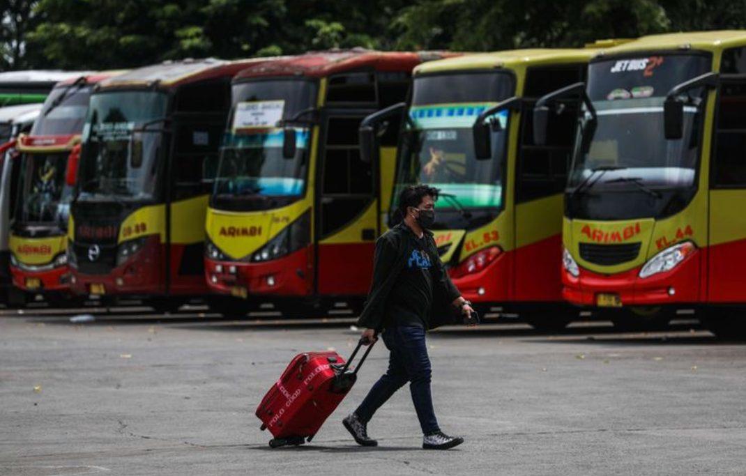 Presiden RI Joko Widodo memutuskan untuk melarang mudik lebaran 2020 di tengah pandemi COVID-19 mulai 24 April guna mencegah perluasan penyebaran COVID-19 di wilayah Indonesia. (Foto: Kompas.com)