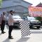 Kapolres Kebumen AKBP Rudy Cahya Kurniawan didampingi Wakapolres Kompol Prayudha Widiatmoko melepas mobil pengangkut bantuan beras dari Mapolres