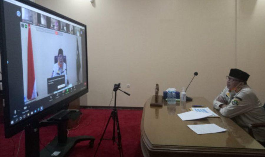 Gubernur Banten Wahidin Halim saat menjadi pembicara utama seminar online