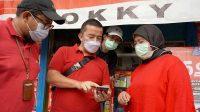 Vice President Network Operation and Quality Management Area Jawa Bali Telkomsel Juanita Erawati saat meninjau kualitas jaringan di Kota Surabaya