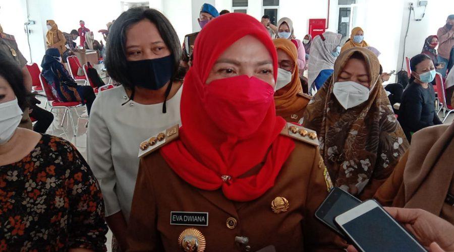 Wali Kota Eva Ajak Seluruh Pihak Kerjasama Tangani Covid-19