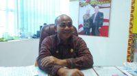 Kepala Disdukcapil Kota Bandar Lampung saat menjelaskan Inovasi Permen Manis