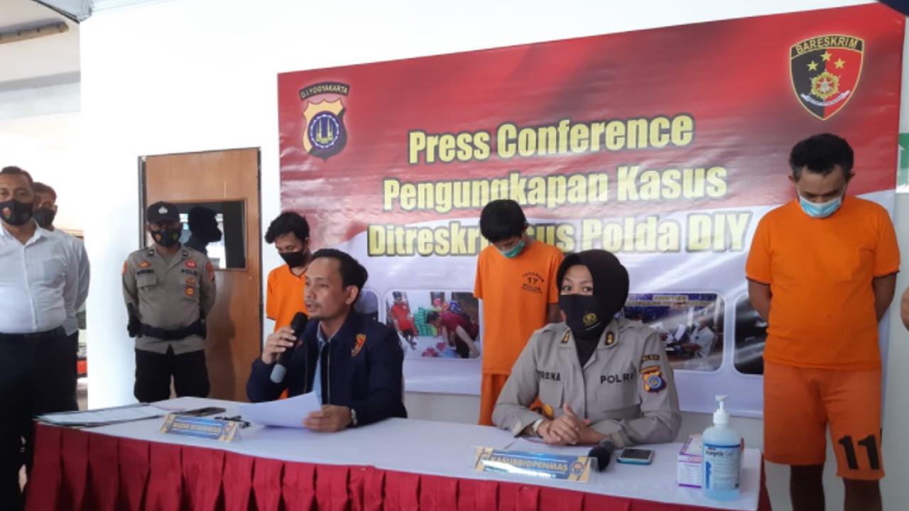 Press Conference Ditreskrimsus Polda DIY ungkap kasus penipuan online