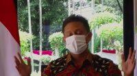 Menteri Kesehatan Budi Gunadi Sadikin menyampaikan keterangan pers secara virtual