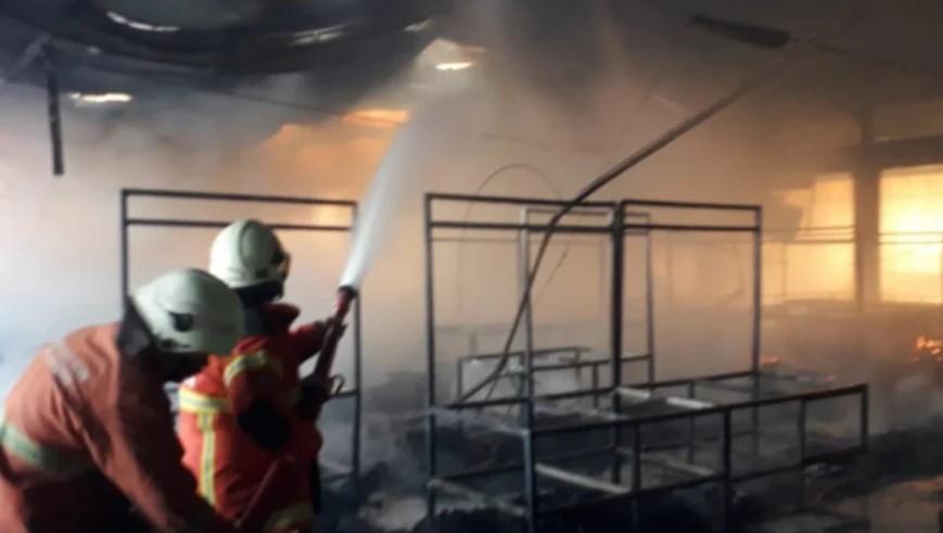 Kebakaran Pasar Kembang Surabaya