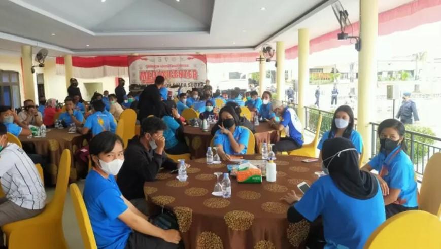 Para atlet usai mengikuti pengarahan pengamanan dan pengawalan menuju PON Papua di Kendari