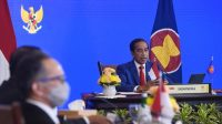 Presiden Joko Widodo menyampaikan pidato pada KTT ke-9 ASEAN-AS yang digelar secara virtual dari Istana Kepresidenan Bogor